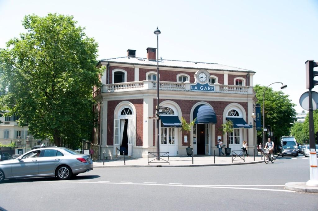 La Gare exterior
