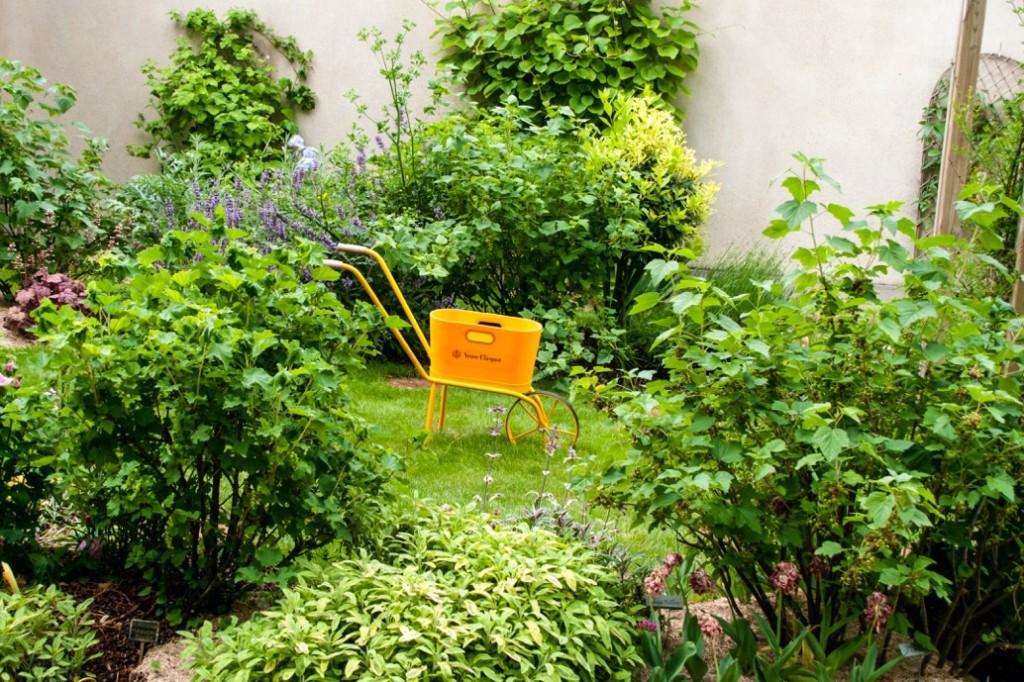 Veuve Clicquot Aroma Garden